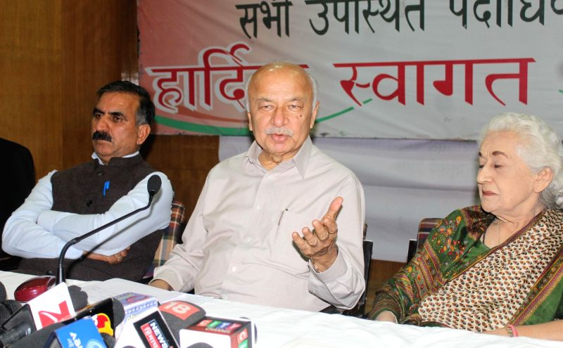 Congress leader Sushil Kumar Shinde addresses a press conference in Shimla, on June 8, 2017. - Sushil Kumar Shinde