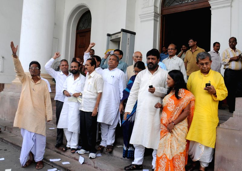 Congress leaders boycott the budget session of West Bengal Legislative Assembly to protest against deterioration of law and order situation in the state and also against remarks of Trinamool Congress