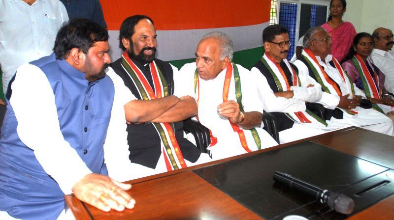 Congress leaders Uttam Kumar Reddy, Anjan Kumar Yadav, V. Hanumantha Rao and Shashidhar Reddy during a party meeting, in Hyderabad on July 16, 2018. - Uttam Kumar Reddy, Anjan Kumar Yadav, V. Hanumantha Rao and Shashidhar Reddy