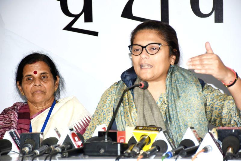Congress MP Sushmita Dev (R). (Photo: IANS)(Image Source: IANS News)