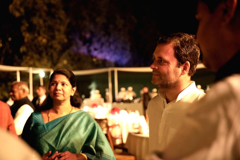 Congress President Rahul Gandhi with DMK's Kanimozhi during a dinner hosted by UPA Chairperson Sonia Gandhi at her residence in New Delhi on March 13, 2018. - Rahul Gandhi and Sonia Gandhi