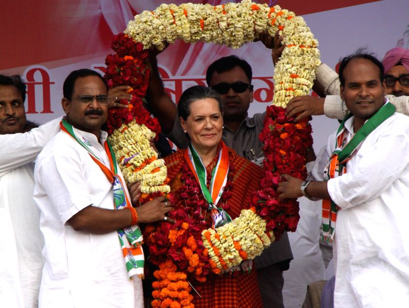 Congress president Sonia Gandhi addressing during a rallly at Raebareli on April 26, 2014.
