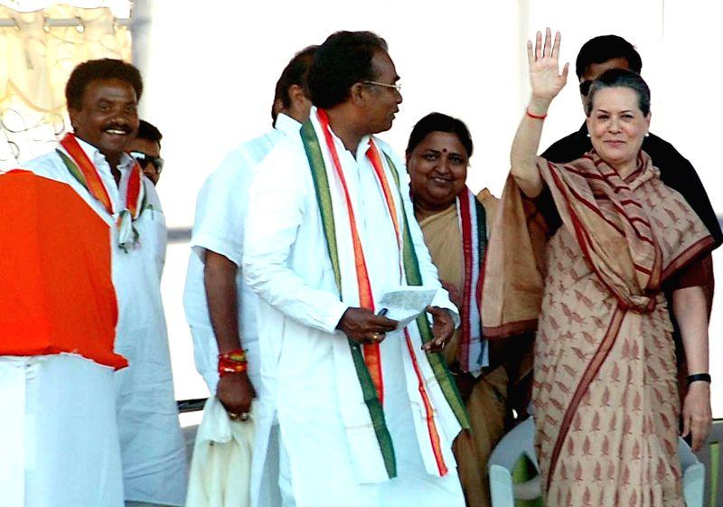 Congress president Sonia Gandhi during a rally in Guntur district of Andhra Pradesh on May 2, 2014.