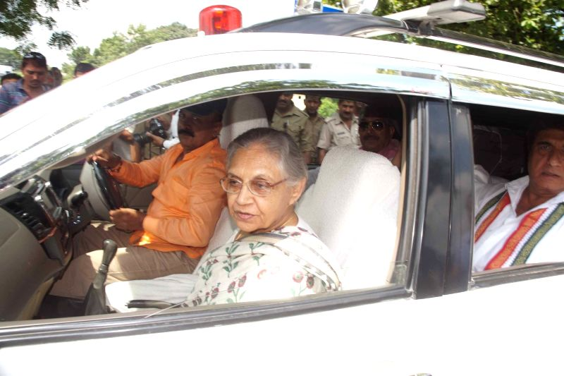 Congress Uttar Pradesh chief ministerial candidate Sheila Dikshit during a roadshow in Varanasi on Aug 2, 2016. - Sheila Dikshit
