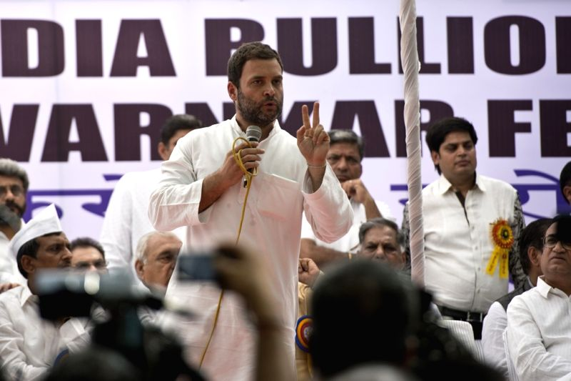 Congress vice president Rahul Gandhi addresses during a demonstration organised by All India Bullion Jewellers and Swarnkar Federation to protest against the one percent excise duty ... - Arun Jaitley and Rahul Gandhi