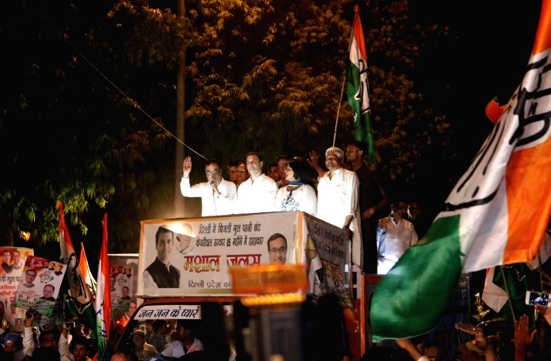 Congress vice president Rahul Gandhi addresses a protest rally organised by Youth Congress against Delhi Chief Minister Arvind Kejriwal in New Delhi on May 28, 2016. - Arvind Kejriwal and Rahul Gandhi