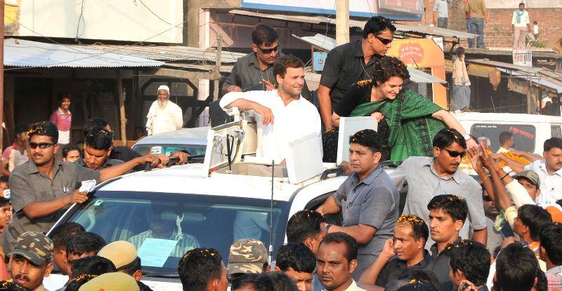 Congress vice president Rahul Gandhi and party's star campaigner and Rahul's sister, Priyanka Gandhi during a roadshow at Jayas in Uttar Pradesh's Amethi on May 4, 2014. - Priyanka Gandhi