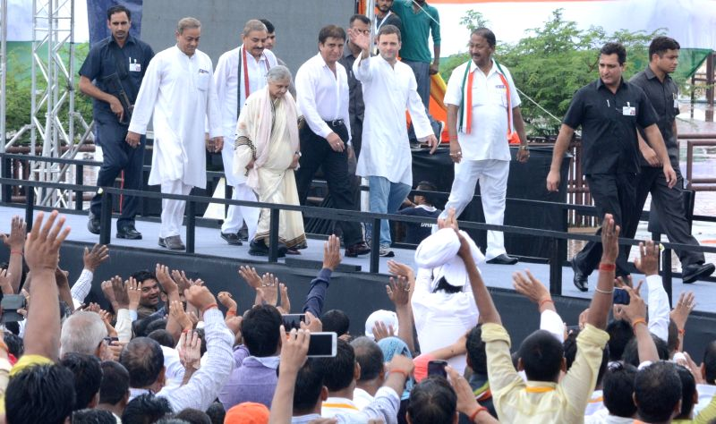 Congress vice-president Rahul Gandhi during a rally in Lucknow on July 29, 2016. Also Congress' Uttar Pradesh chief ministerial candidate Sheila Dikshit and Uttar Pradesh Congress president ... - Rahul Gandhi and Sheila Dikshit