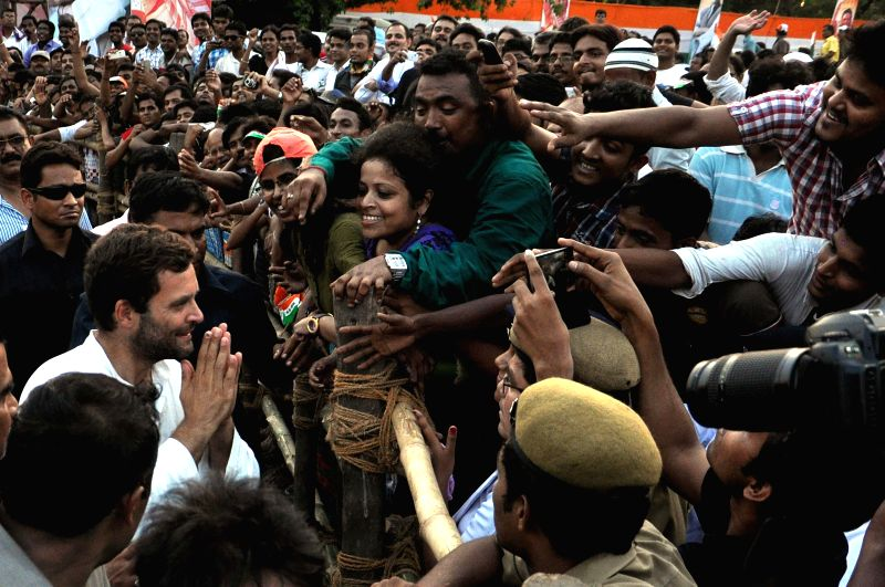 Congress vice president Rahul Gandhi interacts with public during a rally at Sahid Minar in Kolkata on  May 8, 2014.