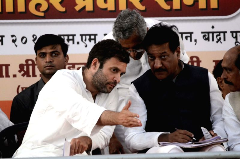 Congress vice-president Rahul Gandhi with Rajasthan Congress chief Sachin Pilot during a party rally in Karauli district of Rajasthan on April 20, 2014.
