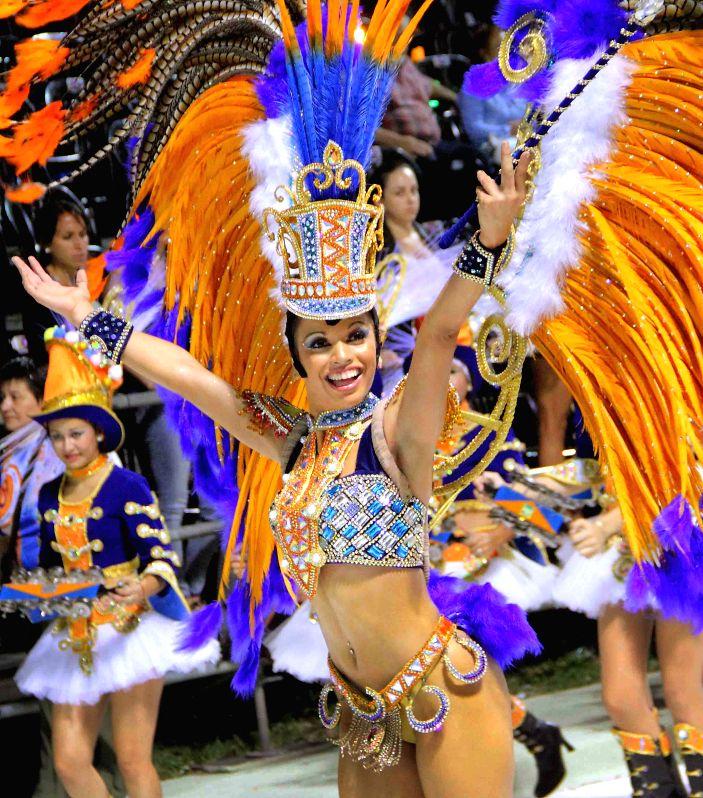 "Dancers performs in the ""Carnaval de Corrientes 2015"" in Corrientes, Argentina, on Jan. 25, 2015. (Xinhua/TELAM)"