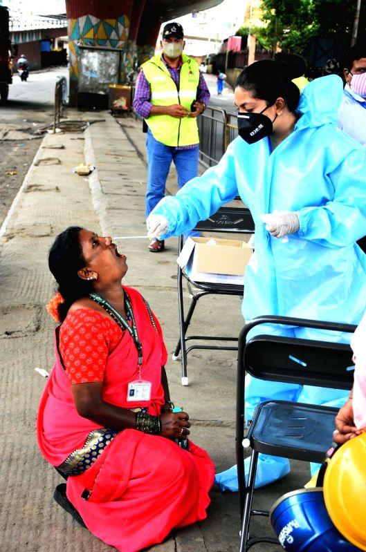Covid cases tally crosses 27-lakh mark in Karnataka