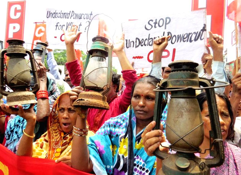 CPI activists demonstration against un-declared power cut in Bhubaneswar on June 17, 2014.