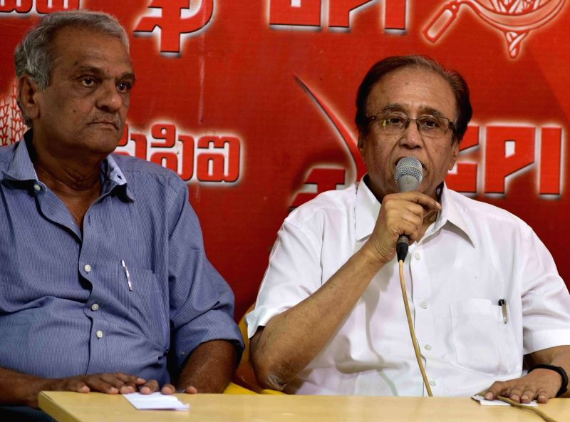 CPI leader Suravaram Sudhakar Reddy and K Narayana during a press conference in Hyderabad, on May 16, 2016. - Suravaram Sudhakar Reddy