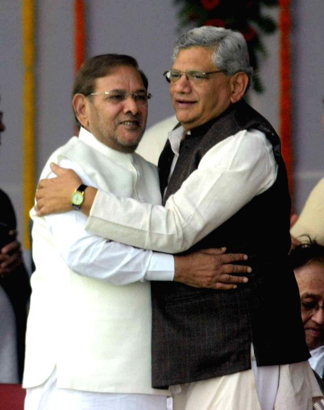 CPI-M general secretary Sitaram Yechury  and JD(U) chief Sharad Yadav during the swearing-in ceremony of the new JD-U-RJD-Congress coalition government in Patna, on Nov 20, 2015. - Sitaram Yechury and Sharad Yadav