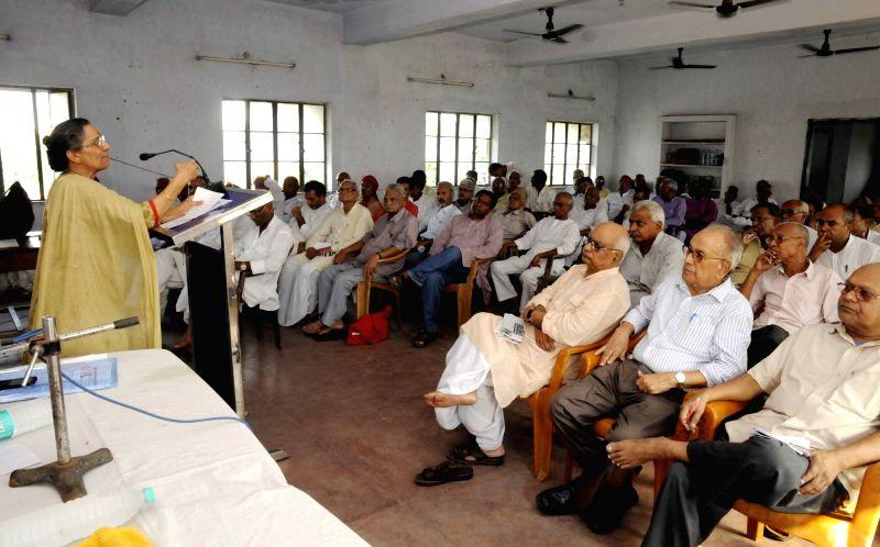 CPI National Secretary Amarjeet Kaur addresses a press conference in Patna on July 30, 2016. - Secretary Amarjeet Kaur