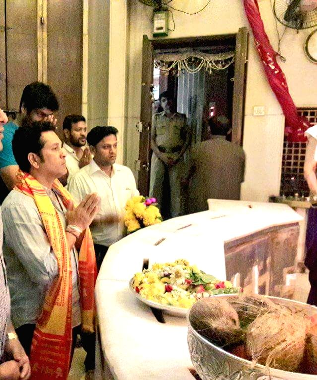 Cricket legend Sachin Tendulkar offers prayers at Siddhivinayak Temple in Mumbai on May 23, 2017. - Sachin Tendulkar