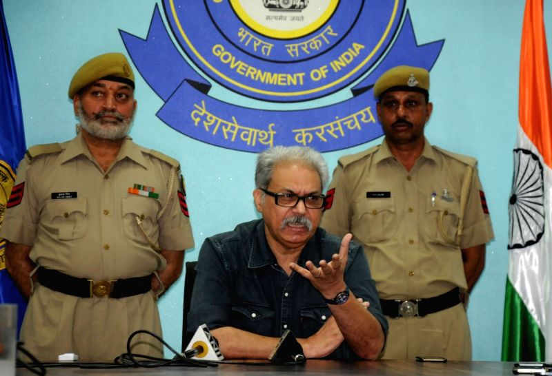 Customs commissioner Capt Sanjay Gahlot talks to press regarding the seizure of one Kg of heroin from goods train arrived at Attari Railway Station from Pakistan; in Amritsar on Aug 6, 2016.