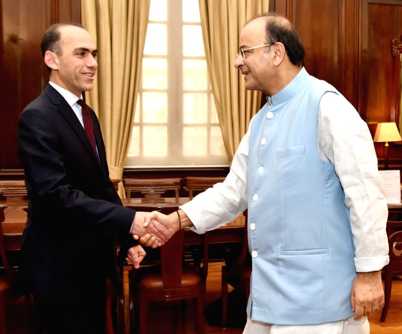 Cyprus Finance Minister Harris Georgiades calls on the Union Minister for Finance, Corporate Affairs and Defence Arun Jaitley in New Delhi on April 27, 2017. - Harris Georgiades and Arun Jaitley