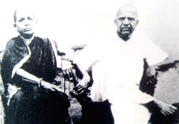 Dadasaheb and wife Saraswati Phalke