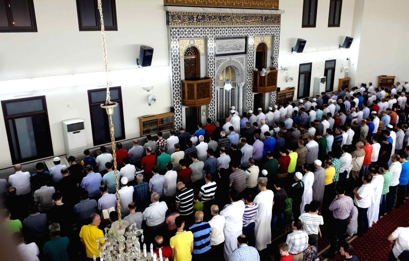 DAMASCUS, May 27, 2017 - Syrians pray in Damascus, capital of Syria, on May 26, 2017. Muslims in Syria started fasting on Saturday as it was declared the first day of Ramadan.
