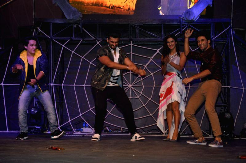 Dancer Faisal Khan, actor Arjun Kapoor, dancers Mukti Mohan and Raghav Juyal during the launch of Colors TV show Khatron Ke Khiladi: Kabhi Peeda, Kabhi Keeda in Mumbai on Oct 29, 2015. - Arjun Kapoor and Faisal Khan