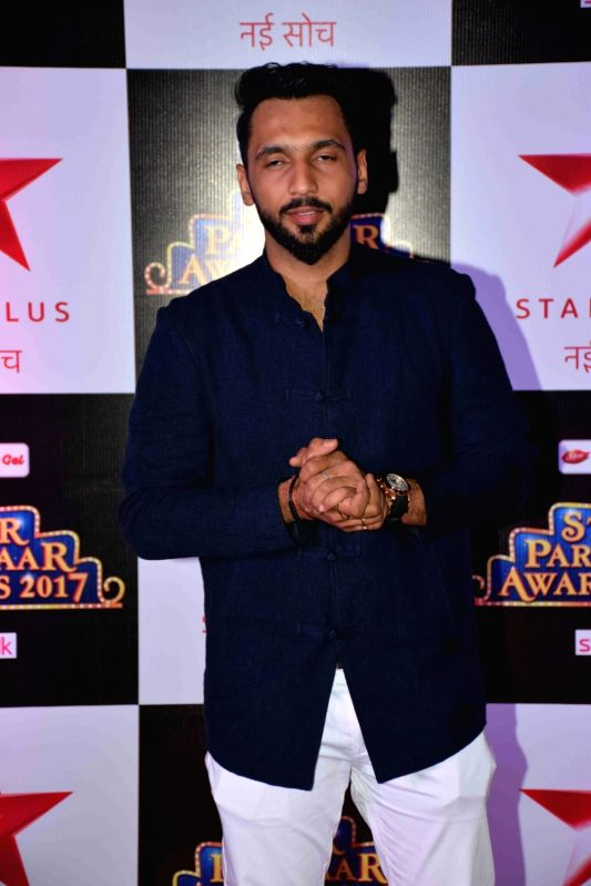 Dancer Punit Pathak during the red carpet of Star Parivaar Awards 2017 in Mumbai on May 13, 2017. - Punit Pathak