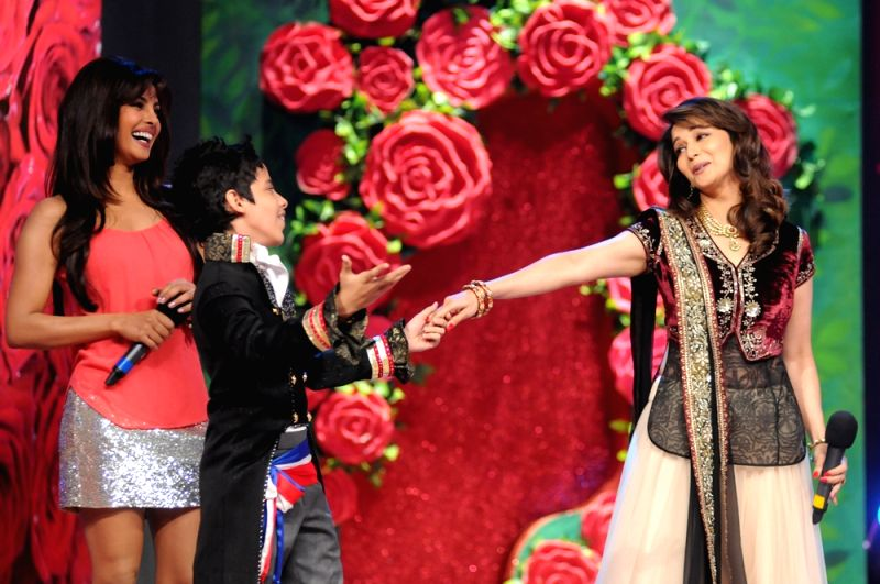 Darsheel Safary dances with Madhuri Dixit and Priyanka Chopra. - Madhuri Dixit and Priyanka Chopra