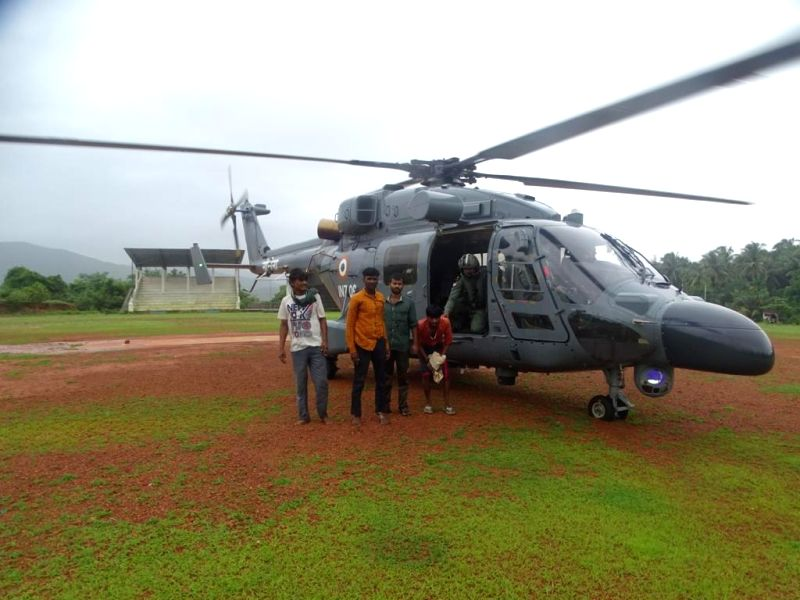 defence rescue operations in the flood hit  regions of Western and Konkan in MAHARASHTRA