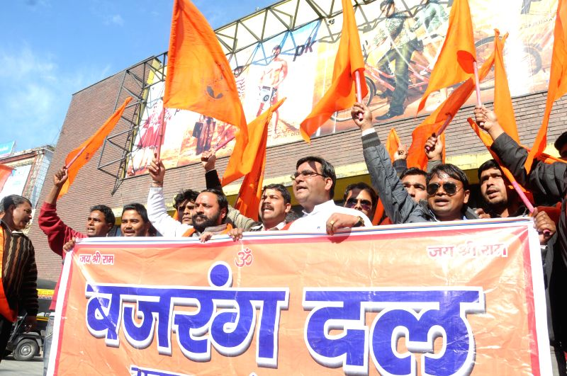 Bajrang Dal workers protest against Aamir Khan starrer film `PK` in Dehradun, on Dec 29, 2014. - Aamir Khan