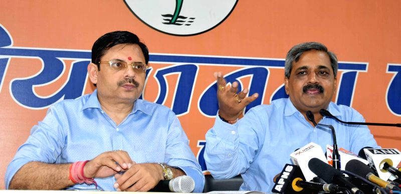 Delhi BJP chief Satish Upadhyay addresses a press conference in New Delhi on Aug 1, 2016. - Satish Upadhyay