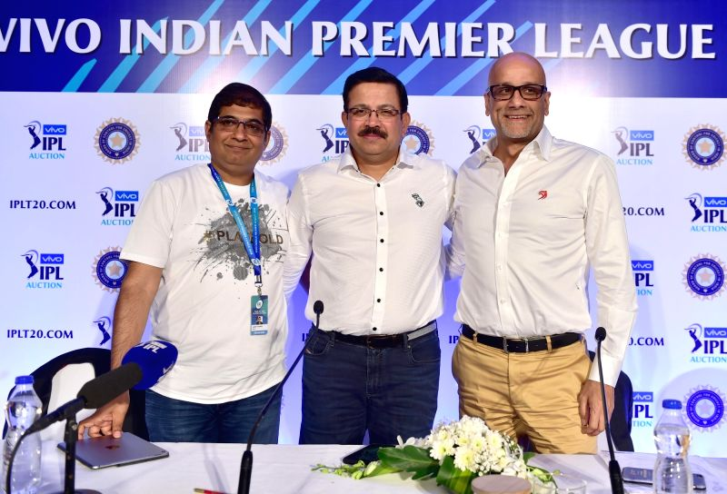 Delhi Daredevils CEO Hemant Dua, Kolkata Knight Riders Managing Director Venky Mysore and  Royal Challengers Bangalore (RCB) chairman Amrit Thomas during the second day of Indian Premier ...