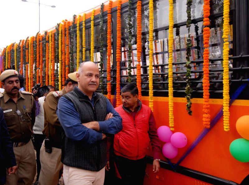 Sisodia flags off 100 new GPS enabled buses - Manish Sisodia