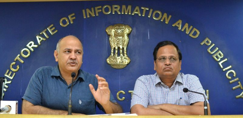 Delhi Deputy Minister Manish Sisodia and Delhi Minister Satyendra Jain address a press conference in New Delhi, on June 6, 2017. - Manish Sisodia and Satyendra Jain