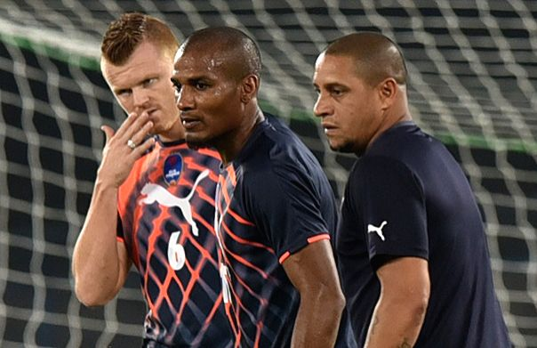 Delhi Dynamos FC players in action during practice session in Kolkata, on Oct 28, 2015.