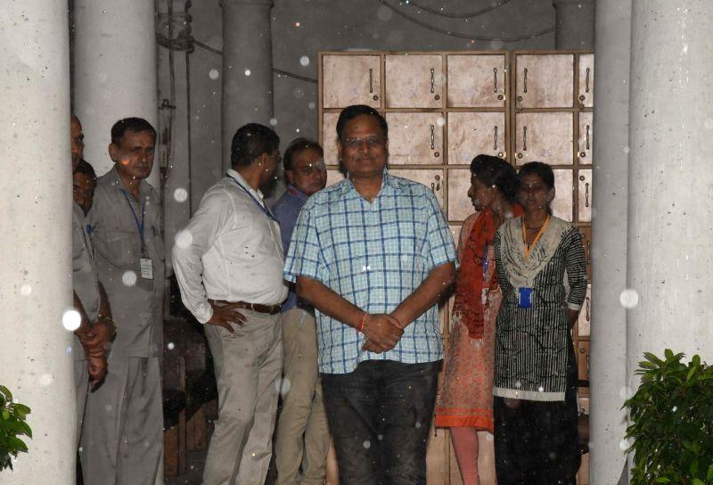 Delhi Health Minister Satyendra Jain after casting his vote during presidential polls at Delhi Assembly in New Delhi on July 17, 2017. - Satyendra Jain