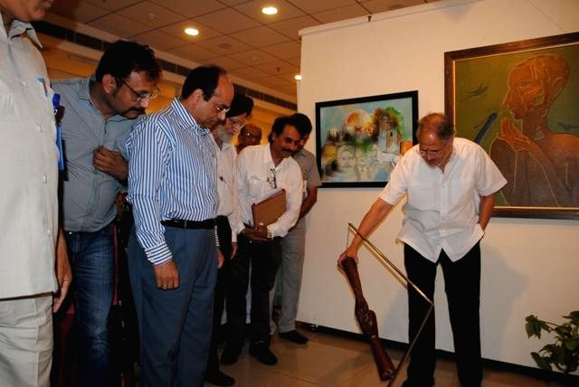 Delhi Lt. Governor Najeeb Jung during inauguration of an exhibition organised by New Delhi Municipal Council (NDMC) at All India Fine Art  and Craft Society (AIFACS) in New Delhi on April 29, 2014.