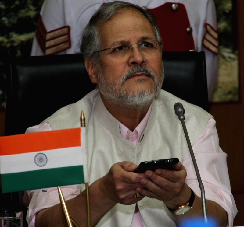 Delhi Lt Governor Najeeb Jung launches `POOCH-O` - a mobile application developed by Delhi Integrated Multi-Modal Transit System (DIMTS) for directly booking auto-rickshaws in New Delhi on July 11, ..
