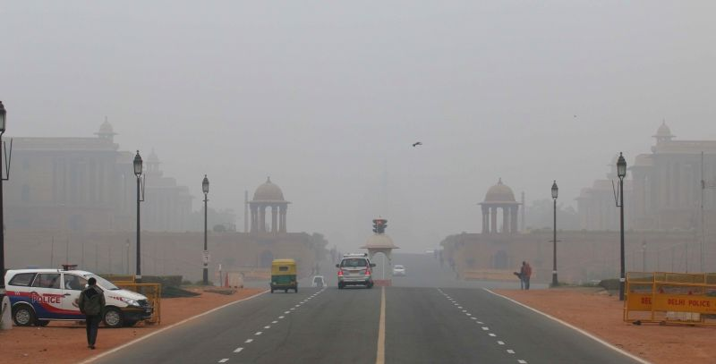Delhi wakes to a foggy morning.