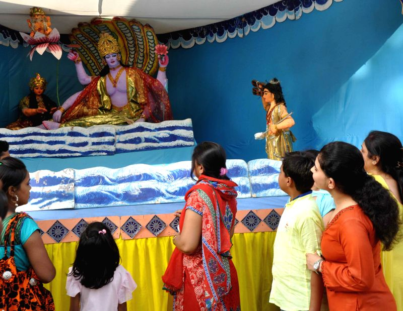 Devotees at Lakshmi Narayan Mandir popularly known as Birla Mandir on Janmashtami in New Delhi on Aug 17, 2014.