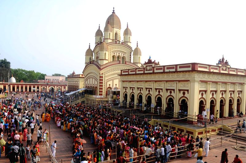 Devotees throng Dakshineswar Temple on `Poila Baisakh` near Kolkata on April 15, 2014. Poila Baisakh is the first day of the Bengali calendar which is loosely tied with the Hindu Vedic solar ...