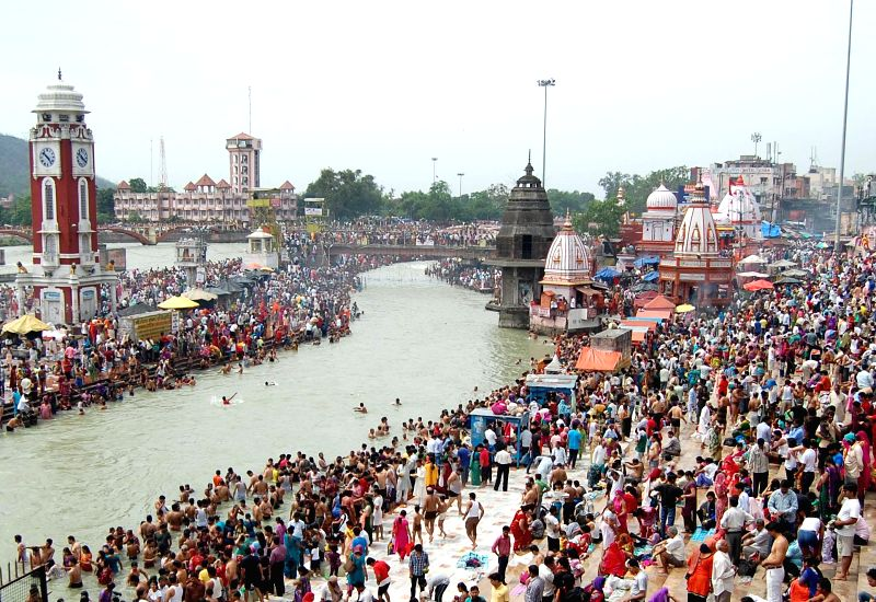 Devotees throng Har ki Pauri on Buddha Purnima in Haridwar on May 14, 2014.