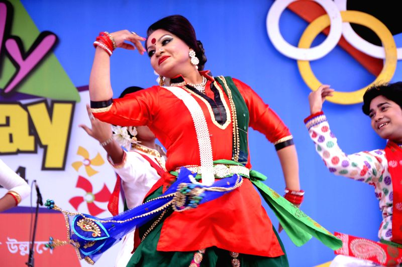 A Bangladeshi artist dances during the celebration of Victory Day in Dhaka, Bangladesh, Dec. 16, 2014. Bangladesh celebrated its 43rd Victory Day on Tuesday.