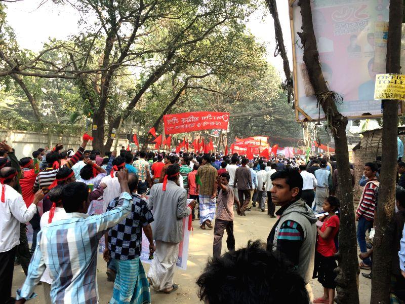 Protesters flock to the office of Bangladeshi ex-Prime Minister Khaleda Zia in Dhaka, Bangladesh, Feb. 9, 2015. Bangladesh police on Monday barred hundreds of ... - Khaleda Zia
