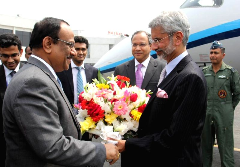 Indian Foreign Secretary S. Jaishankar being welcomed as he arrives in Dhaka, Bangladesh on March 2, 2015.