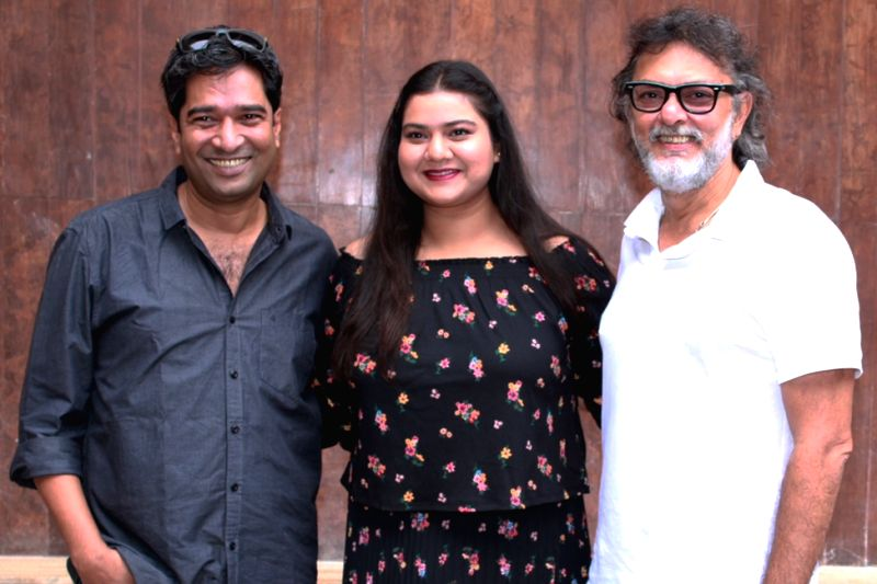"Director Atul Manjrekar, actress Pihu Sand and producer Rakeysh Omprakash Mehra during the promotion of their upcoming film ""Fanney Khan"" in New Delhi on July 27, 2018. - Pihu Sand, Atul Manjrekar and Fanney Khan"