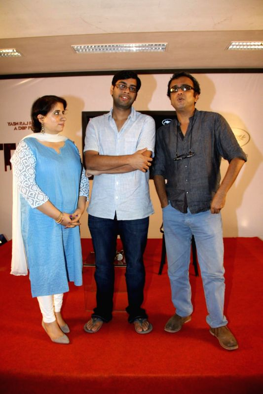 Directors Dibakar Banerjee and Kanu Behl and producer Guneet Monga at film Titli press meet at YRF Studios in Mumbai on May 13, 2014. - Dibakar Banerjee