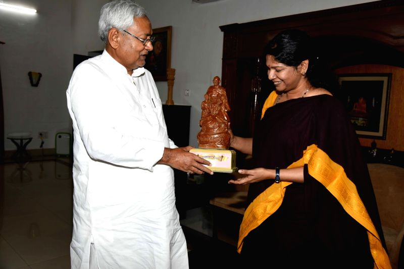 DMK leader Kanimozhi calls on Bihar Chief Minister Nitish Kumar in Patna on May 5, 2017. - Nitish Kumar