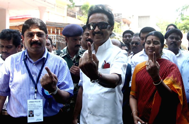 DMK leader MK Stalin shows his fore finger marked with phosphorous ink after casting his vote at a polling booth during the sixth phase of 2014 Lok Sabha Polls in Chennai on April 24, 2014.