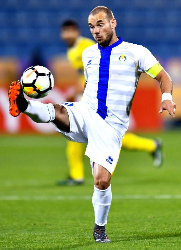 DOHA, Jan. 31, 2018 - Wesley Sneijder of Qatar's Al-Gharafa controls the ball during the AFC Champions League qualification match between Qatar's Al-Gharafa and Uzbekistan's Pakhtakor at Gharafa ...